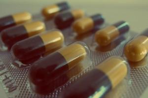 pills-926375_640
